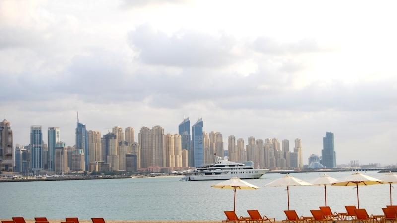 Dubai – Wolkenkratzer, Wunderwerke,Wüste?
