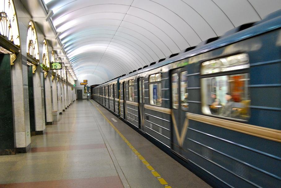 Sankt_Petersburg_U-Bahn6