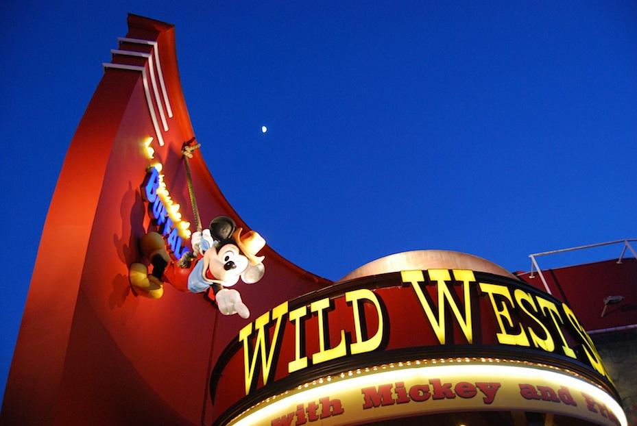Disneyland_Wild_West-Show
