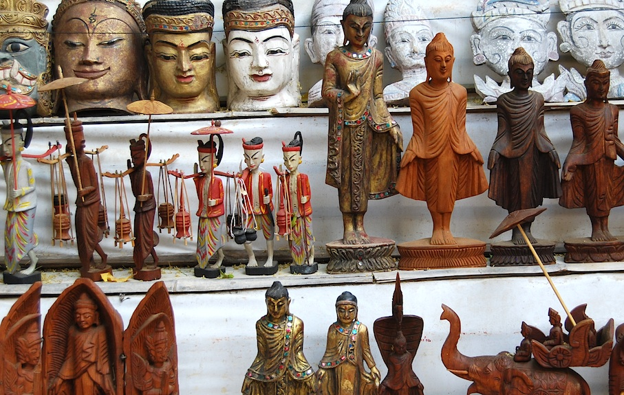 Myanmar_Souvenirs_Figuren