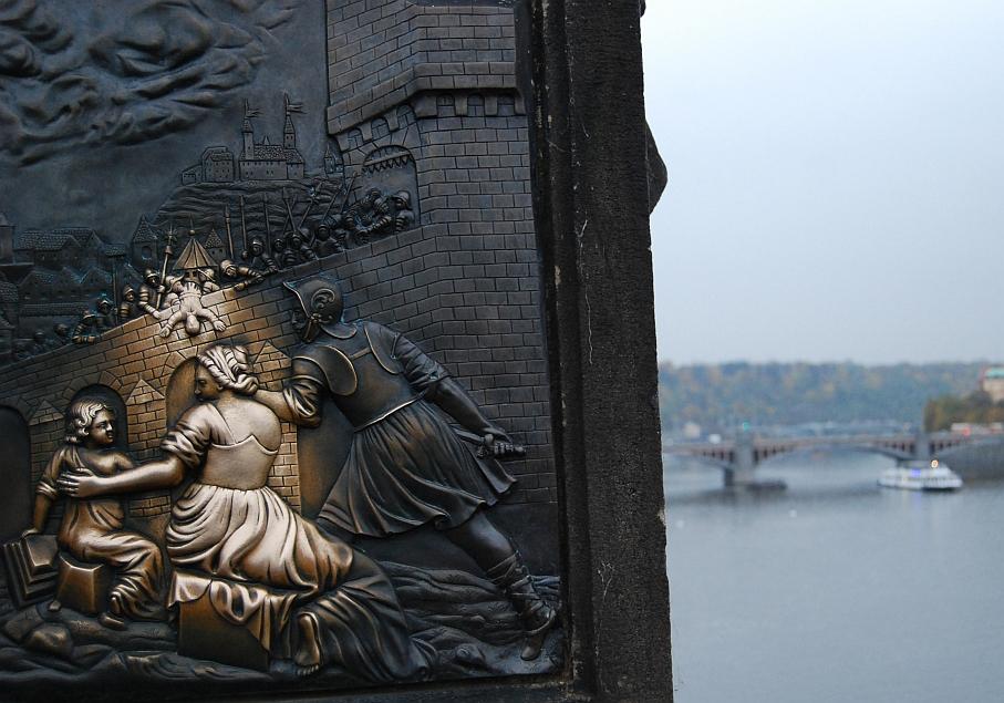 Prag_Karlsbruecke_Relief