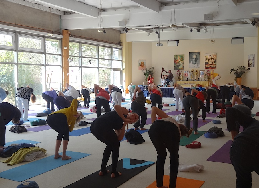 Bad_Meinberg_Yoga_Vidya_Yoga_Stunde