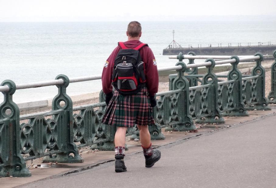 Brighton_Promenade_Spaziergaenger