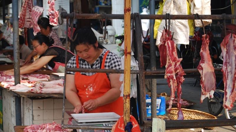 Wie der Markt, so das Land (Teil 3): China, bei Fastallesessern und Live-Zerhäckslern