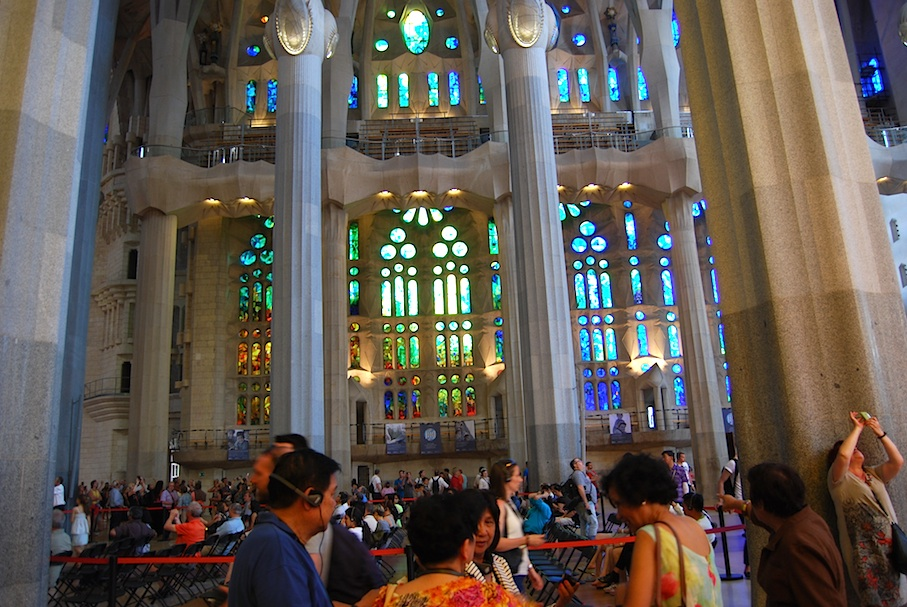 Barcelona_Sagrada_Familia_Buntglasfenster