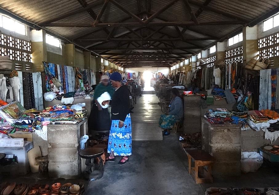 Victoria_Falls_Frauenmarkt2