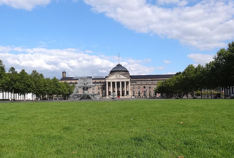 Wiesbaden_Kurhaus_Bowling_Green