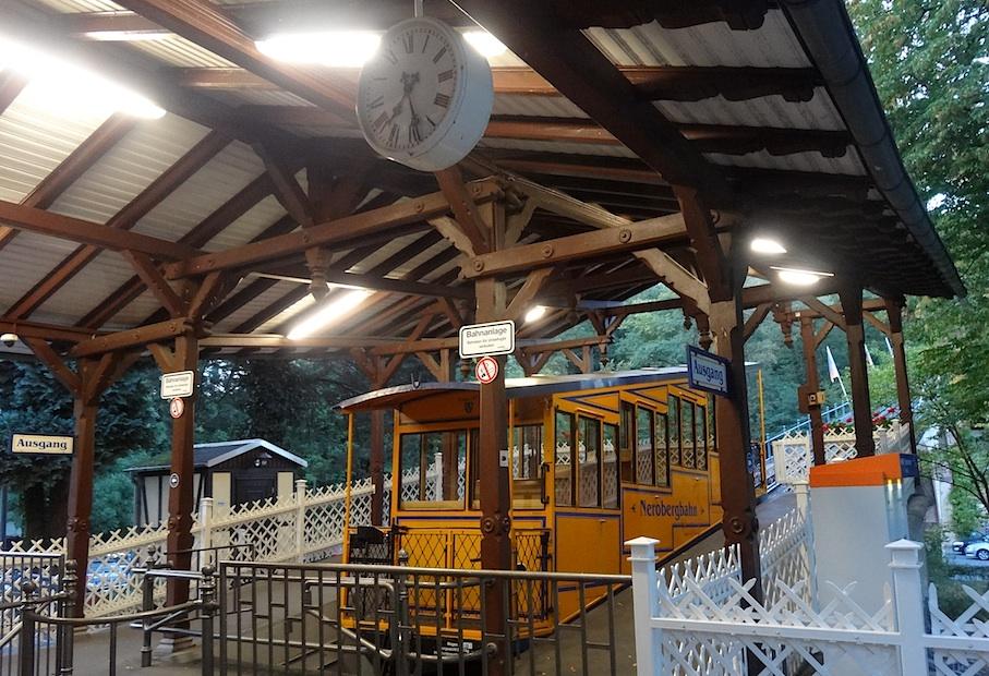 Wiesbaden_Nerobergbahn