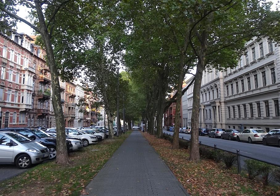Wiesbaden_Rheinstrasse