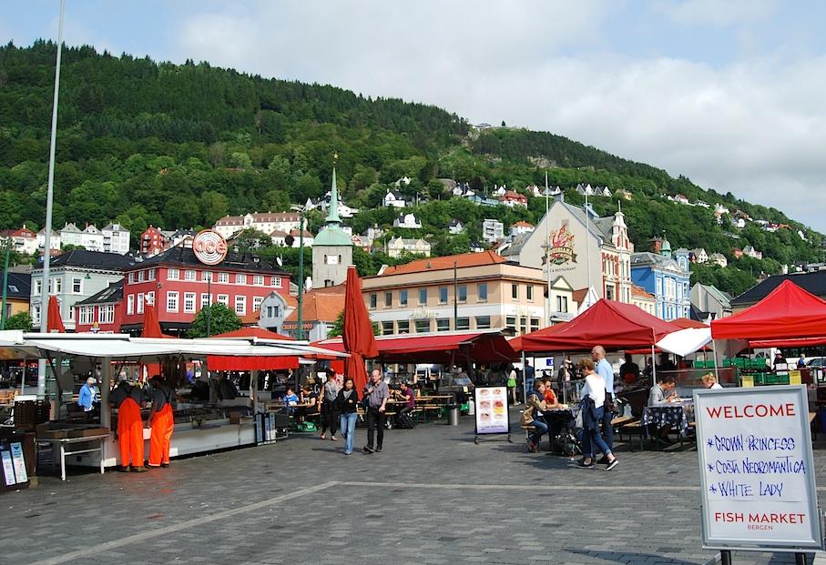 Norwegen_Bergen_Fischmarkt