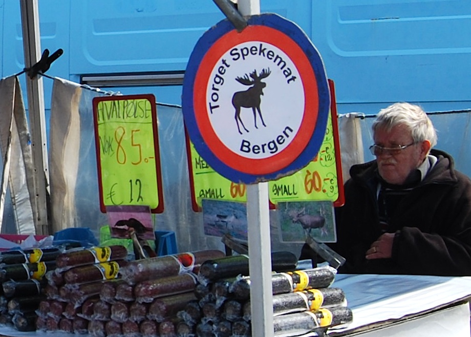Norwegen_Bergen_Markt_Elchwurst