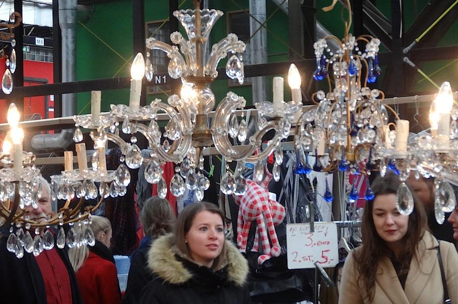 Amsterdam_Flohmarkt_IJ_Hallen_Luester