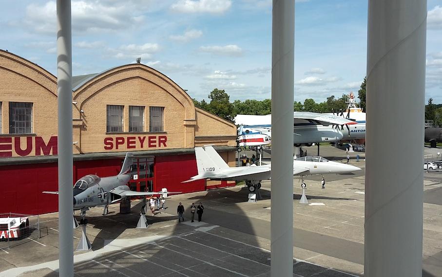 Speyer_Technikmuseum_Aussengelaende3