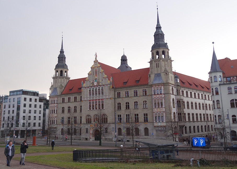 Halle_Landgericht