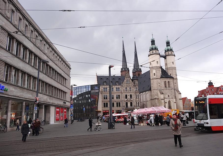 Halle_Marktplatz_Marienkirche