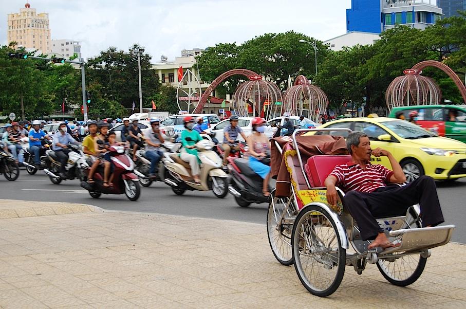 Vietnam_Da_Nang_Verkehr