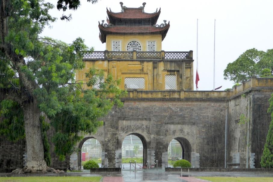 Vietnam_Hanoi_Thang_Long_Regen