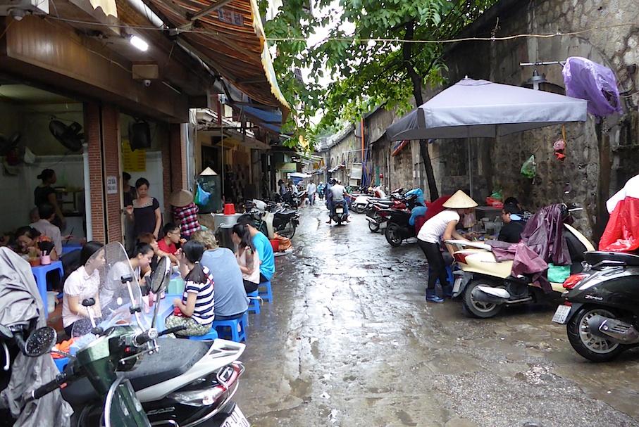 vietnam_hanoi_verkehr_altstadt