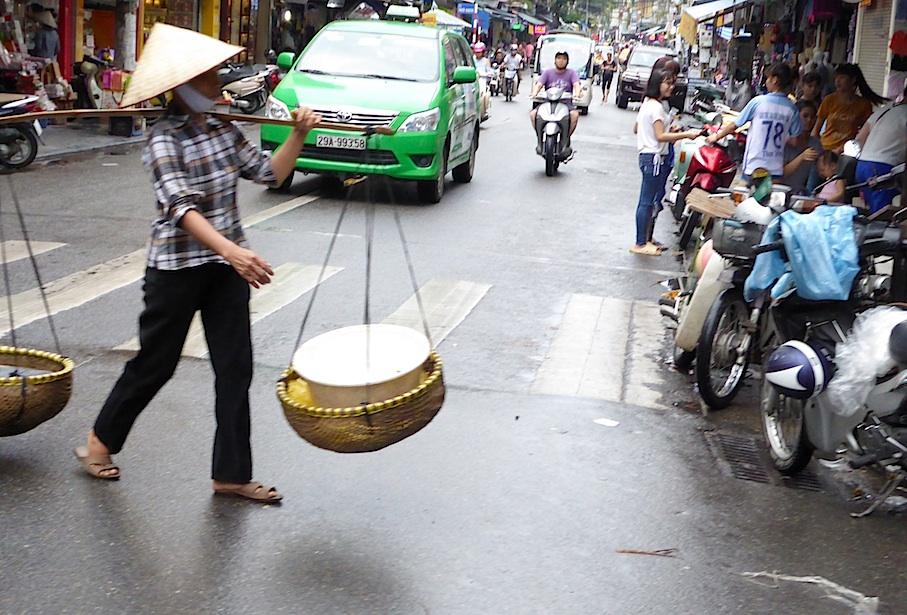 vietnam_hanoi_zebrastreifen
