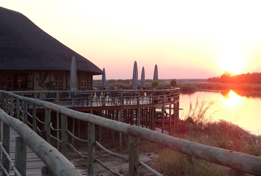 hakusembe_river_lodge