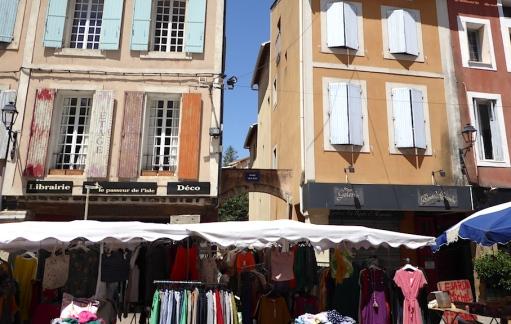 Frankreich_Isle_sur_la_Sorgue_Markttreiben
